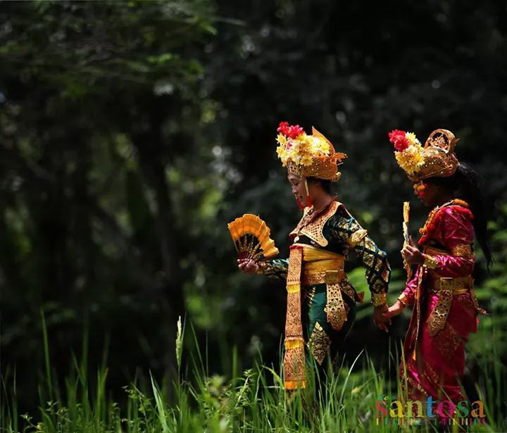 penari condong legong