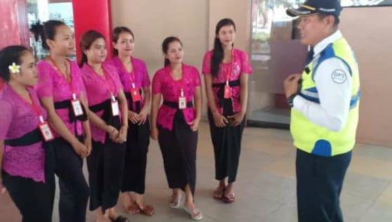 Foto Dewi Bunga Denga Security